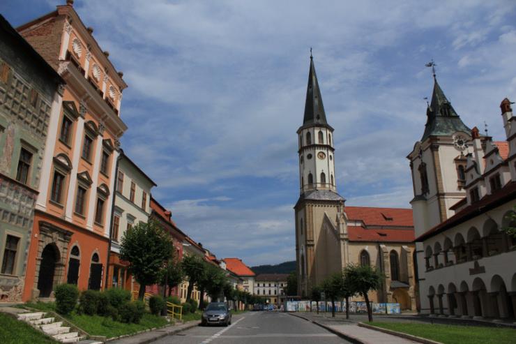 Lewocza. Kościół św. Jakuba i ratusz